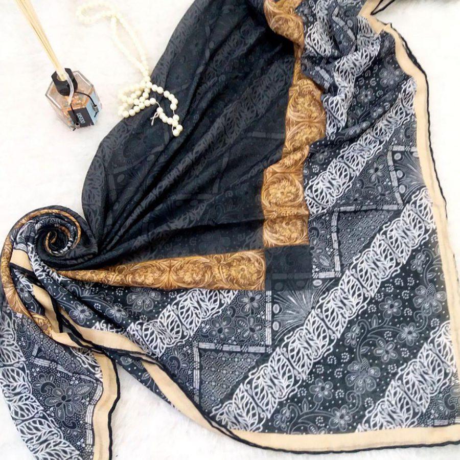 روسری نخی قواره بزرگ sr-n324 از نمای نزدیک