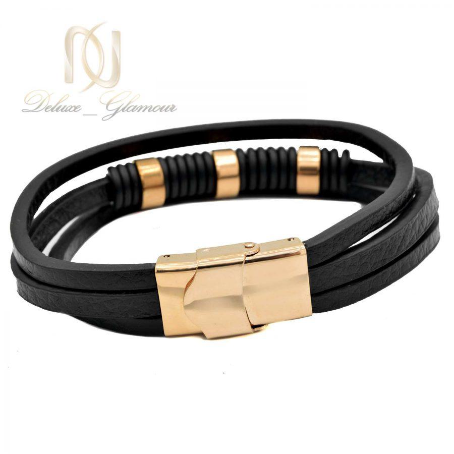 دستبند چرم مردانه سه ردیفه ds-n524 از نمای پشت