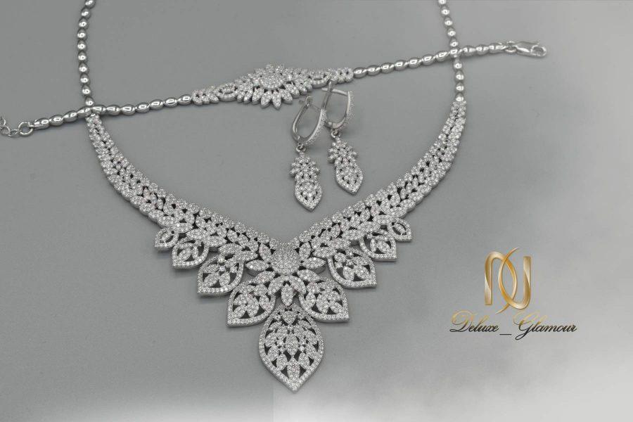 سرویس عروس نقره جواهری ns-n505 از نمای بالا
