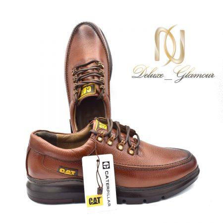 کفش مردانه چرم دست دوز طرح کاترپیلار sh-n104 از نمای دور