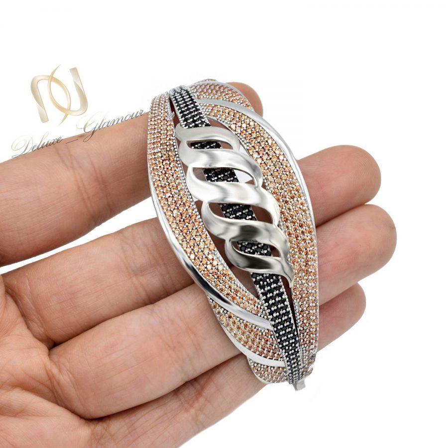 دستبند زنانه نقره 925 اصل نگین دار ds-n571 از نمای روبرو
