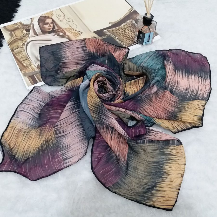 روسری حریر کرپ طرح مدرن قواره 120 sr-n565