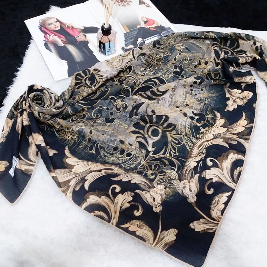 روسری حریر کرپ طرح مدرن از نمای کلی