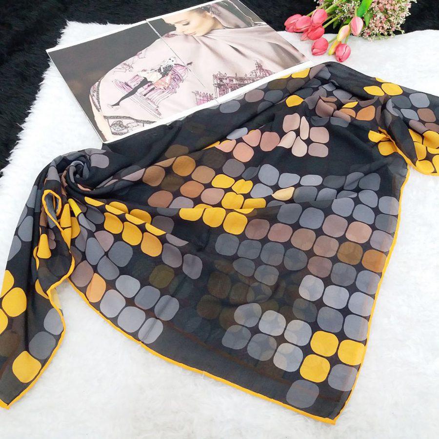 روسری حریر کرپ طرح پیکسلی از نمای بالا