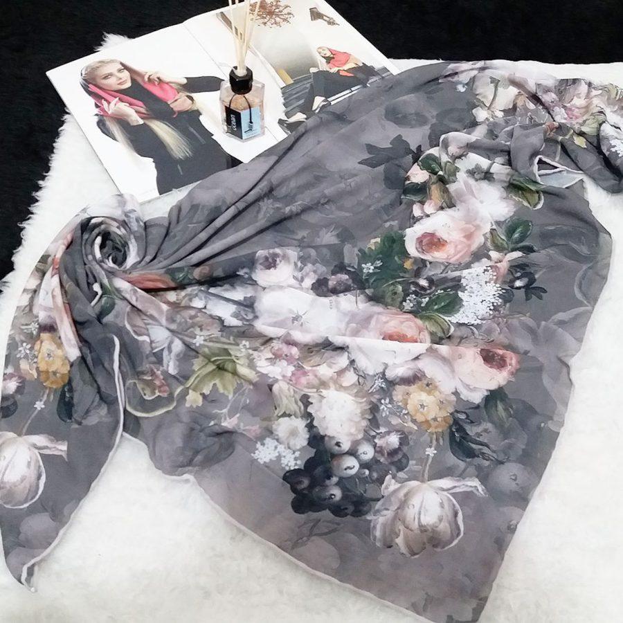 روسری حریر کرپ طرح گل آبرنگی sr-n541