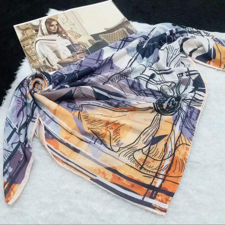 روسری نخی طرح گل درشت از نمای کلی