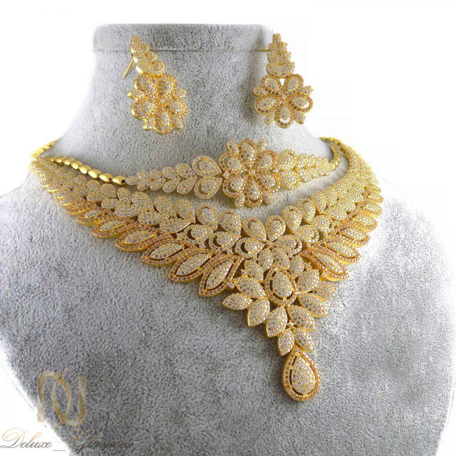 سرویس نقره عروس طرح طلا نگین دار ma-n423 از نمای روبرو