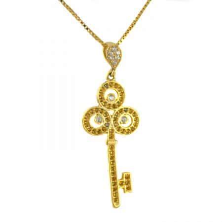 گردنبند نقره زنانه طرح کلید طلایی ma-n412 از نمای سفید