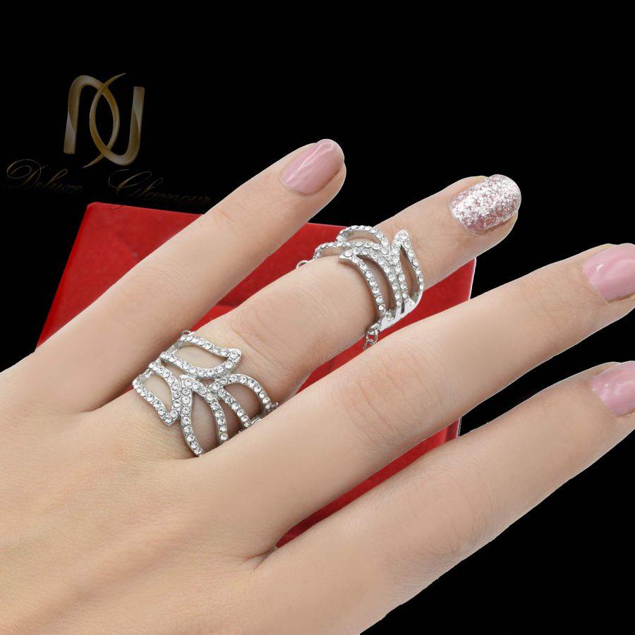 انگشتر و بندانگشتی زنجیری استیل rg-n492 از نمای روی دست