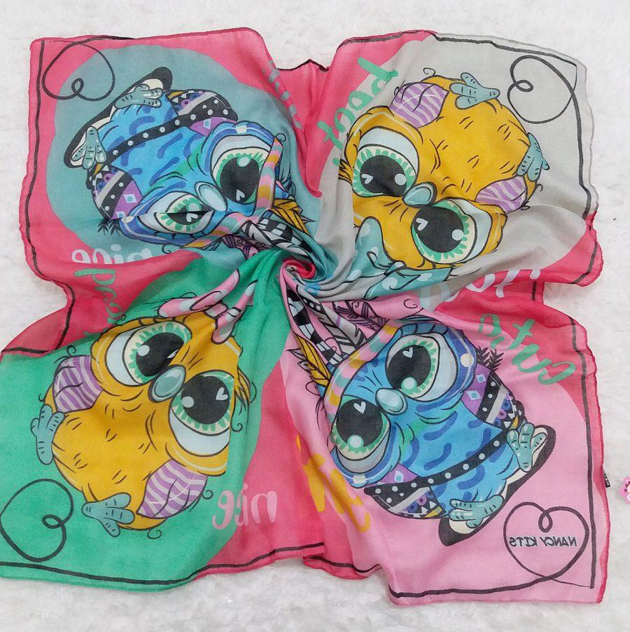 روسری نخی بچگانه جغد صورتی از نمای کلی