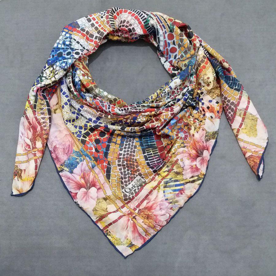 روسری نخی جدید طرح کاشی شکسته از نمای روبرو