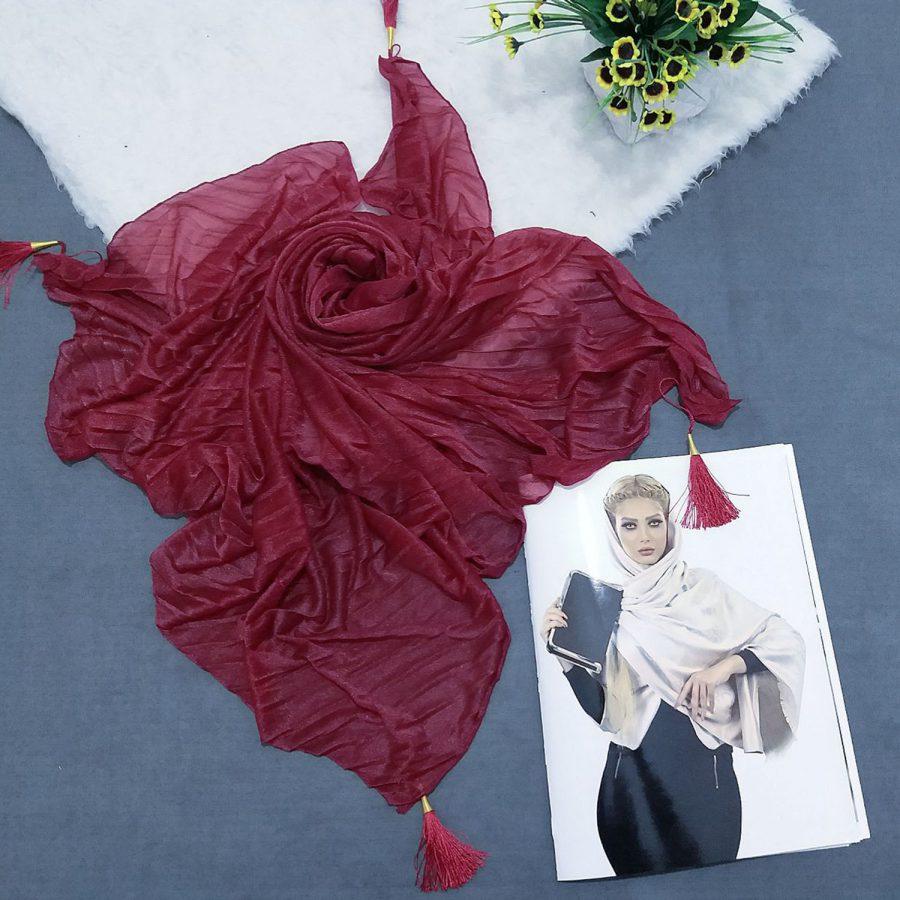 روسری پارچه شنی پایین منگوله دار پلیسه قرمزsr-n601