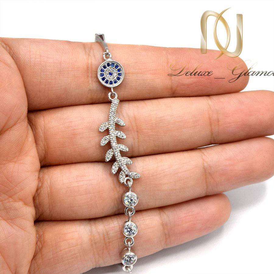 دستبند دخترانه نقره عیار 925 اصل ds-n606 از نمای روی دست