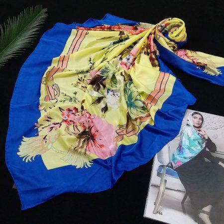 روسری مام ابریشم دست دوز گلدار زرد از نمای روبرو