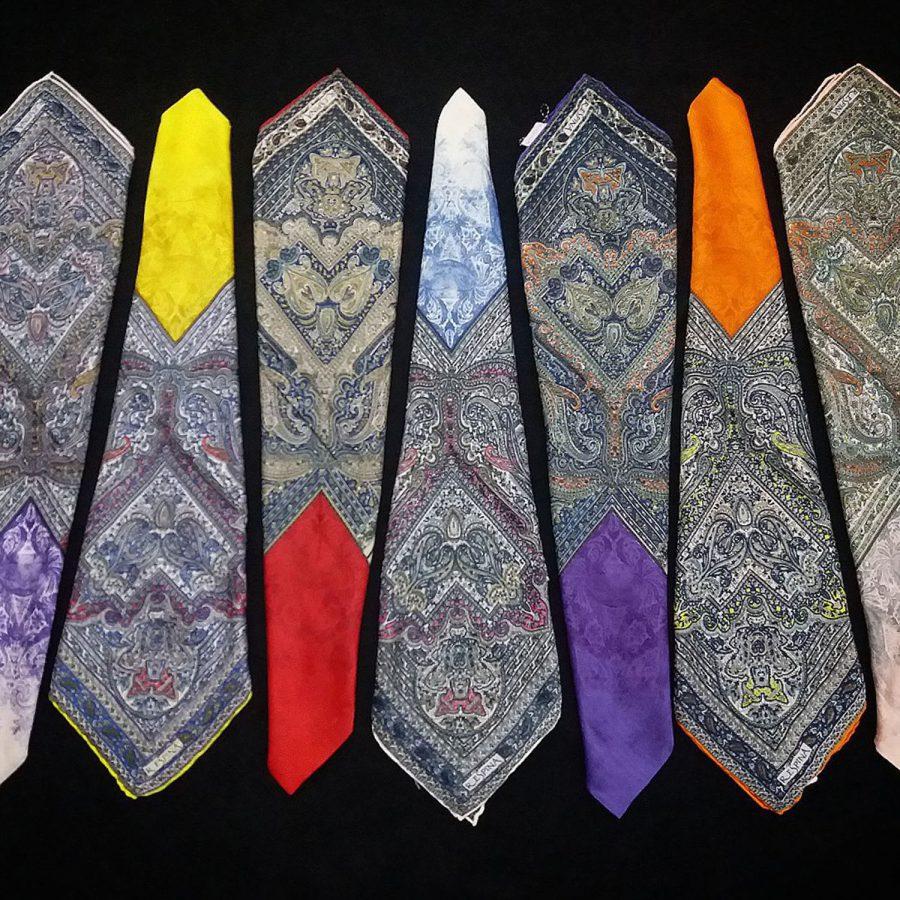 روسری مام ابریشم طرح کلاسیک زرد از نمای کلی