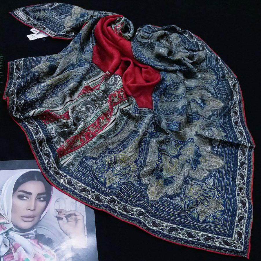 روسری مام ابریشم طرح کلاسیک قرمز از نمای روبرو