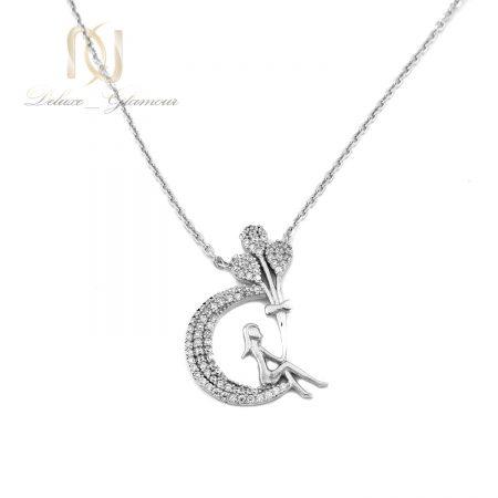 گردنبند دخترانه نقره طرح ماه و دخترک nw-n699 از نمای سفید