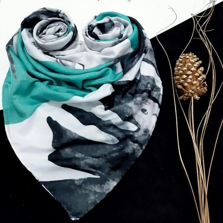 روسری نخی طرح ساحلی از نمای کلی