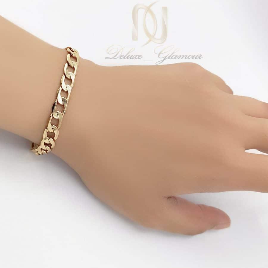 دستبند ژوپینگ زنانه طرح کارتیه ds-n660 از نمای روی دست