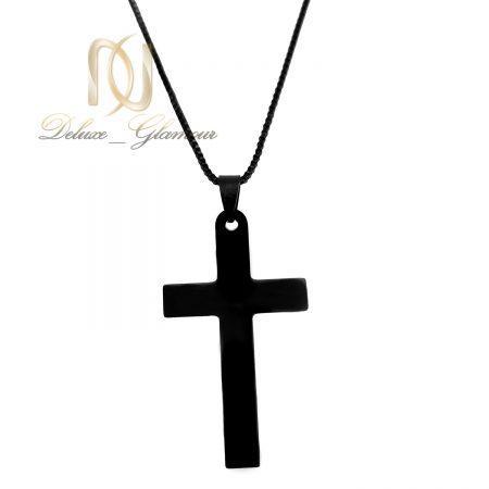 گردنبند صلیب مشکی مردانه استیل nw-n750 از نمای سفید