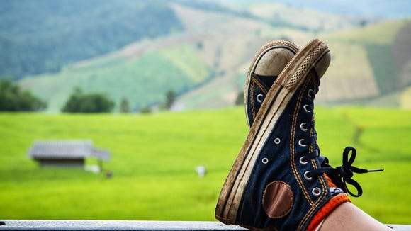 روش های تمیز کردن انواع کفش