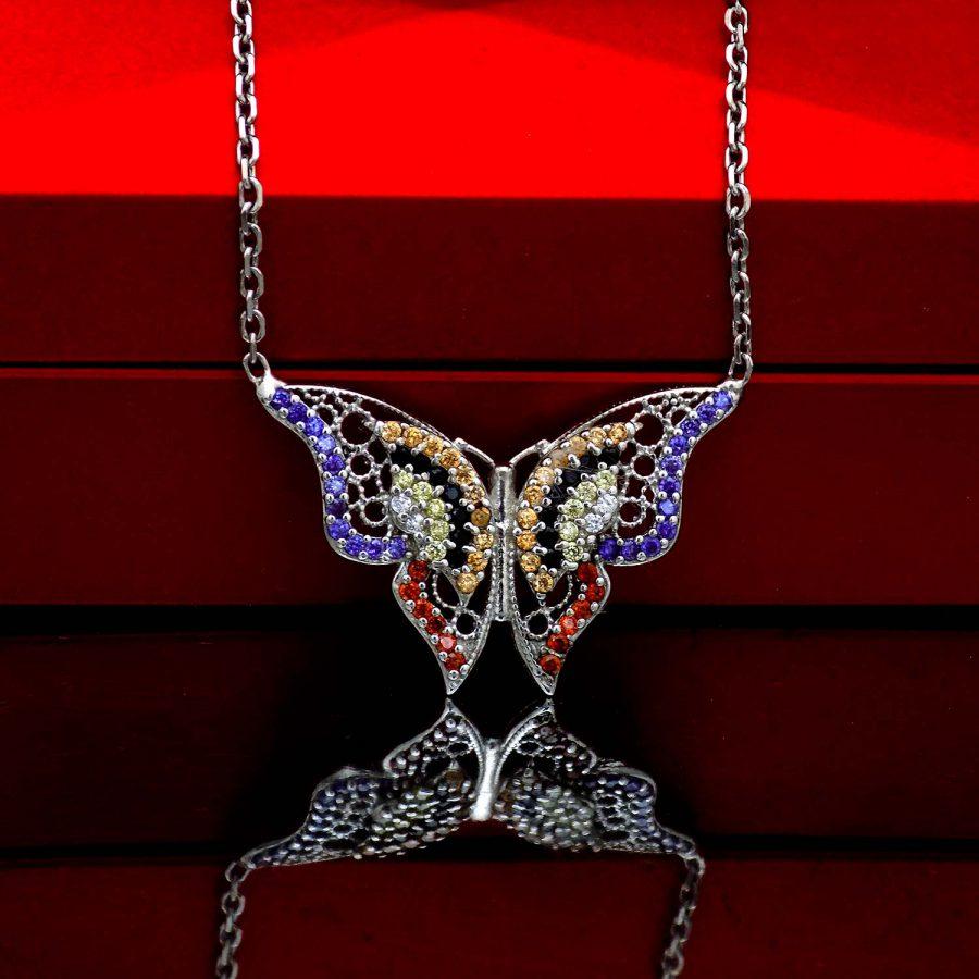 گردنبند آویز نقره طرح پروانه نگین دار ma-n534